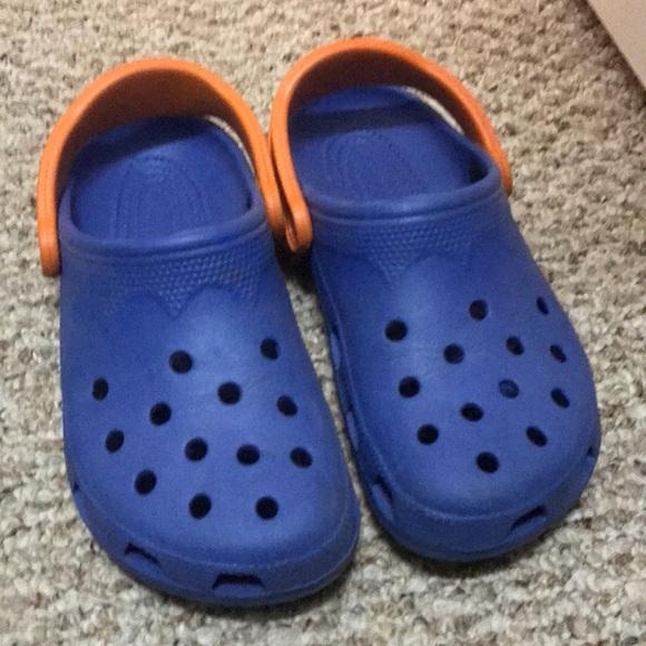 f70817b9a6974 CROCS Shoes - CROCS University of Florida  Gators Slip-on Shoes